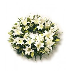 Rounded Oriental Lily Wreath